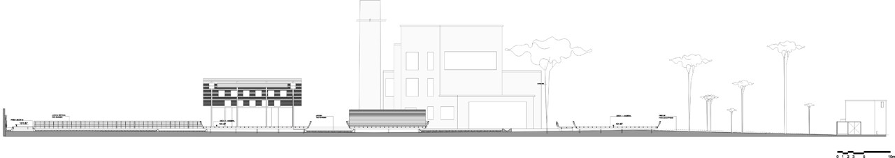 Corte Longitudinal. Image © Levisky Arquitectos
