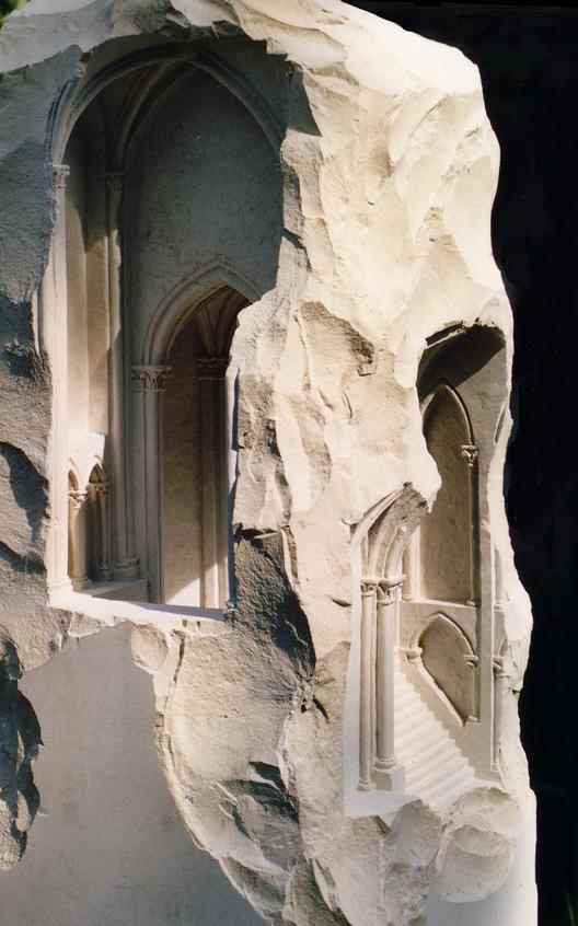 Piedra Gótica. Imagen, © Matthew Simmonds