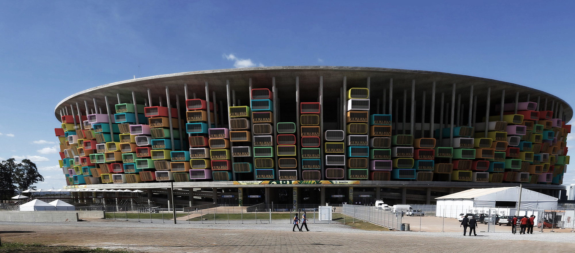 Render of the National Stadium of Brazil, based on a photograph by EFE