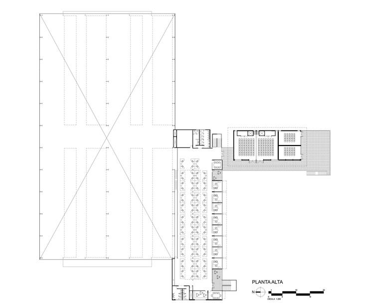 Baños Vestidores Empleados:Super Alloys / WAM Arquitectos