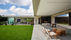 House 01, Hyde Park  / Daffonchio & Associates Architects