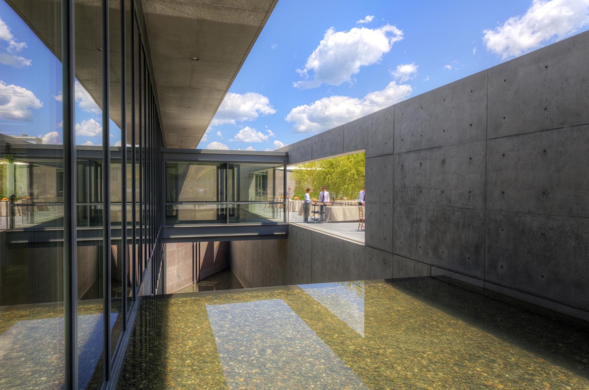Clark art institute tadao ando architect associates for Architect associates