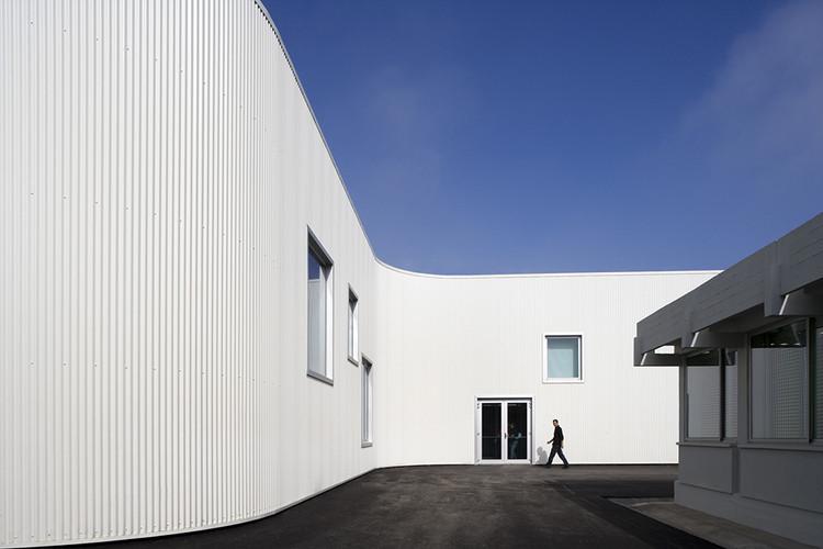 Escuela Secundaria D. Dinis / Ricardo Bak Gordon, © Leonardo Finotti