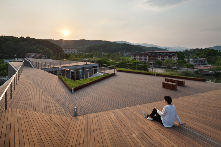 Casa de Huéspedes Rivendell / IDMM Architects, © Joon Hwan Yoon