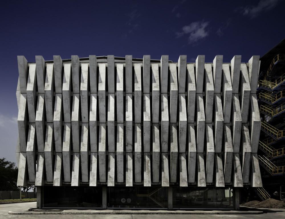 Selección Diego Hernández: Planta de autogeneración eléctrica Argos / MGP arquitectura y Urbanismo ( Felipe González-Pacheco). Image © Andrés Valbuena