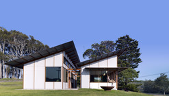The Dogtrot House / Dunn & Hillam Architects