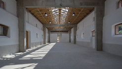 Horse Stable Refurbishment / 3+1 architekti