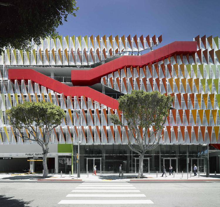 City of Santa Monica Parking Structure #6 / Behnisch Architekten + Studio Jantzen, © David Matthiessen