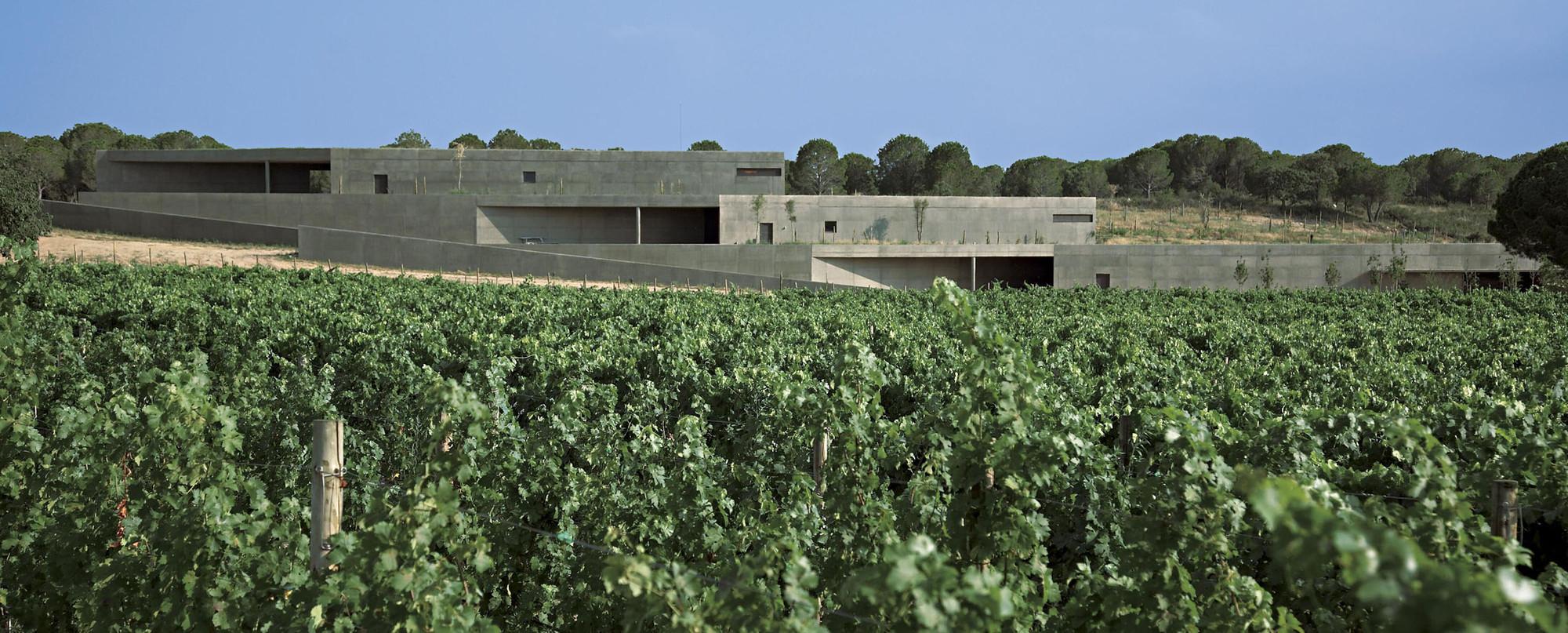 Terra Remota Winery / Untaller, © Lluís Casals