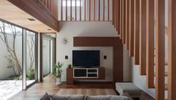 M4 House / Architect Show