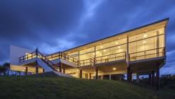 D&P Residence  / Atelier Paralelo