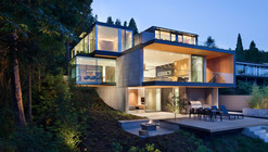 Russet Residence / Splyce Design
