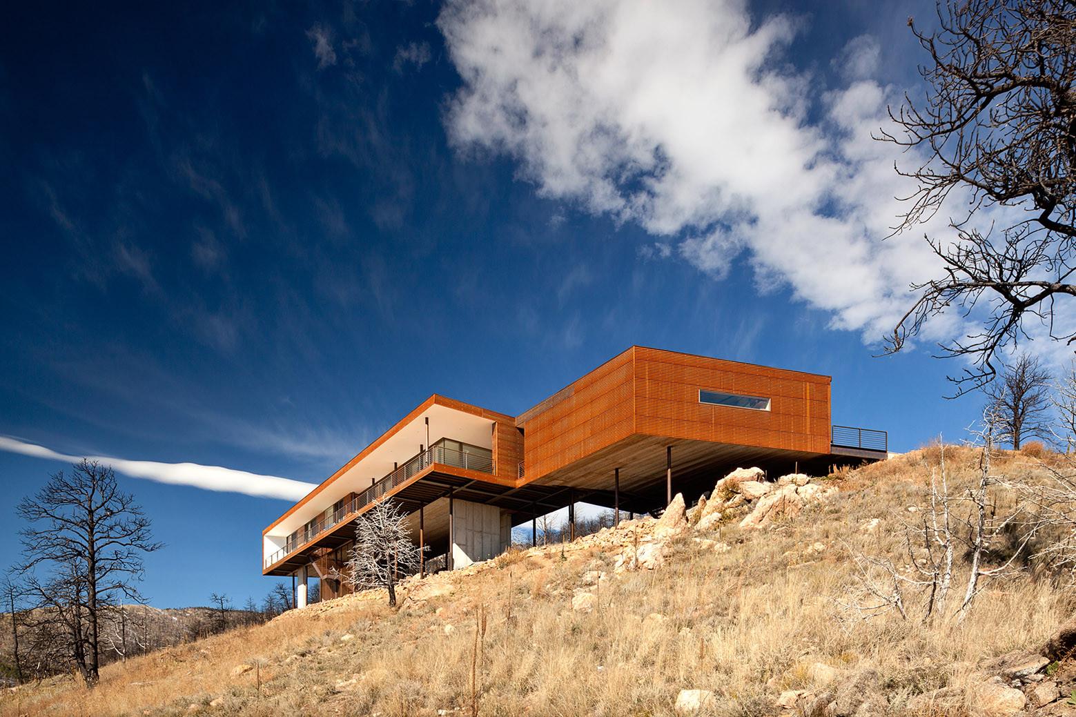 Sunshine Canyon Residence / THA Architecture, © Jeremy Bittermann