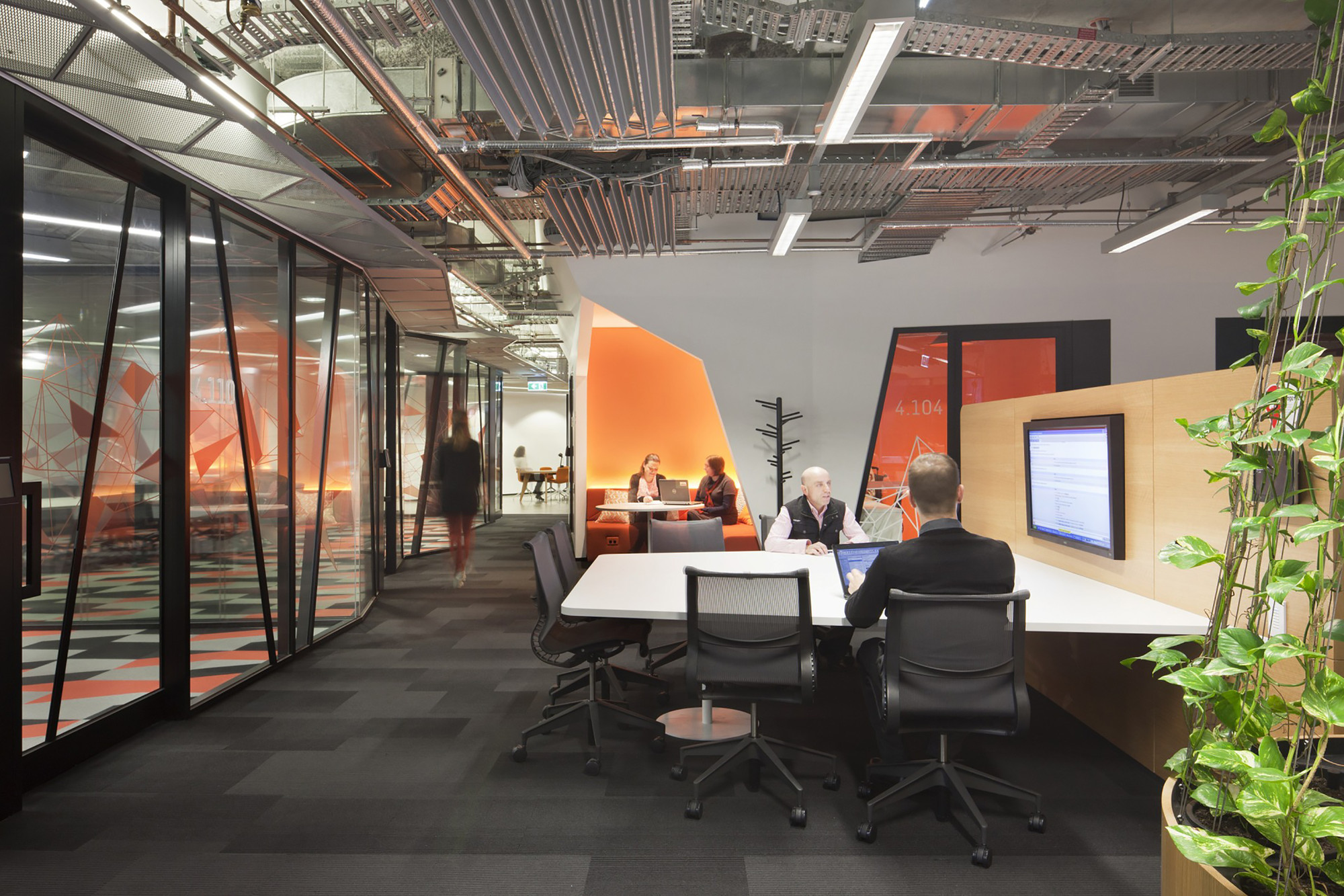 Nab docklands woods bagot archdaily for Melbourne space design