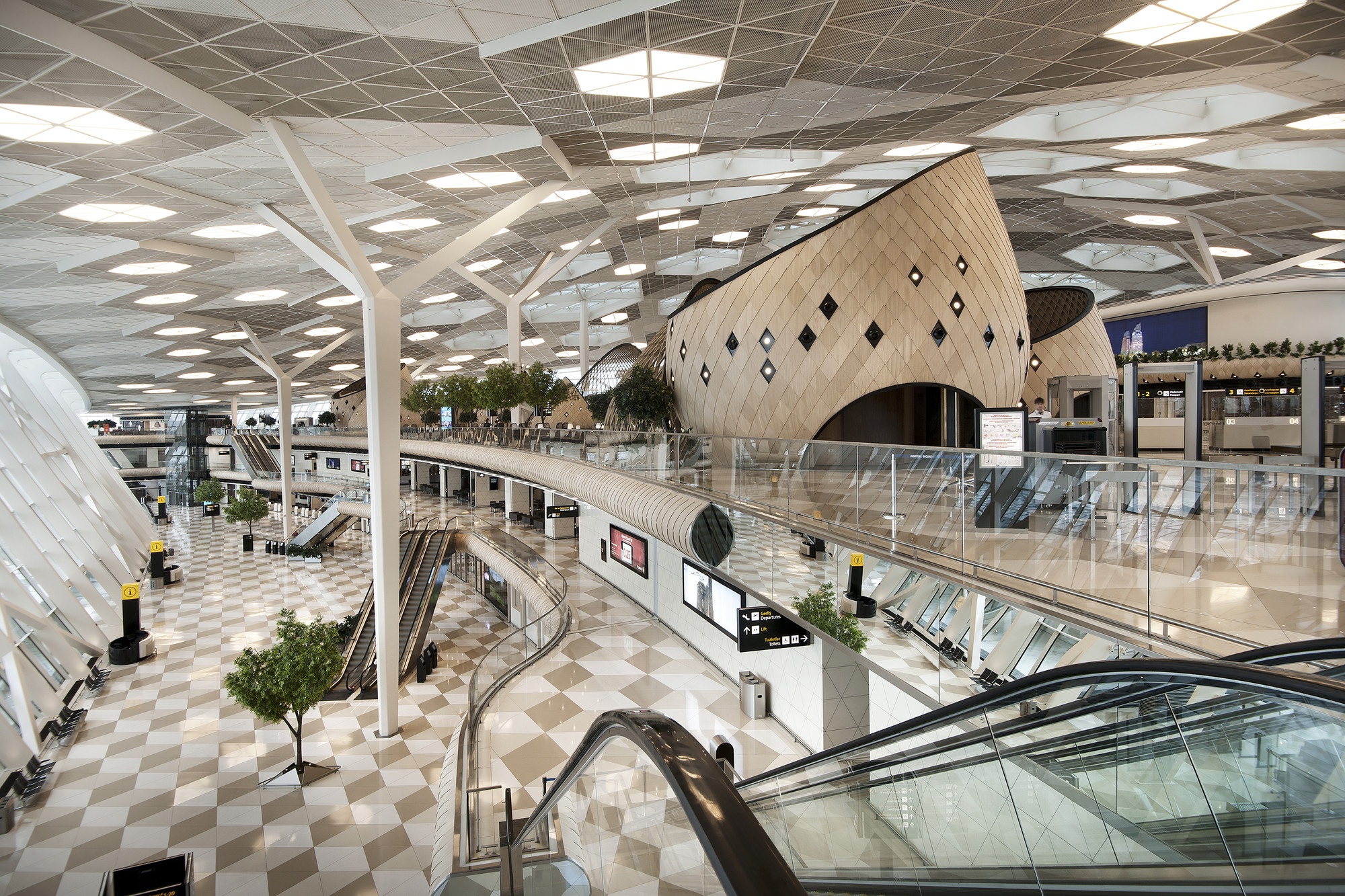 Heydar aliyev international airport baku autoban archdaily for International azerbaijan decor expo