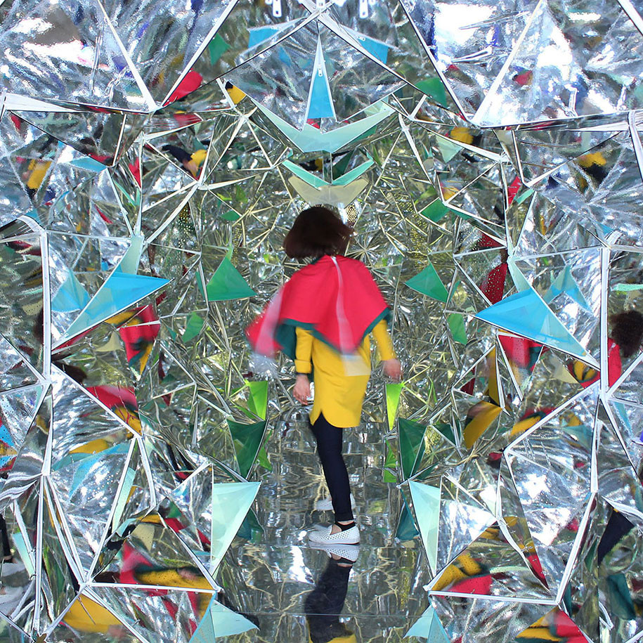 Users Create the Color in this Super-Sized Kaleidoscope, Courtesy of Shirane-Miyazaki