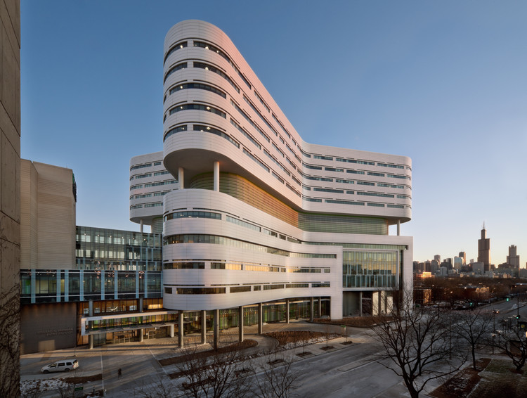 AIA Announces Winners of National Healthcare Design Awards, Rush University Medical Center New Hospital Tower / Perkins+Will. Image © James Steinkamp
