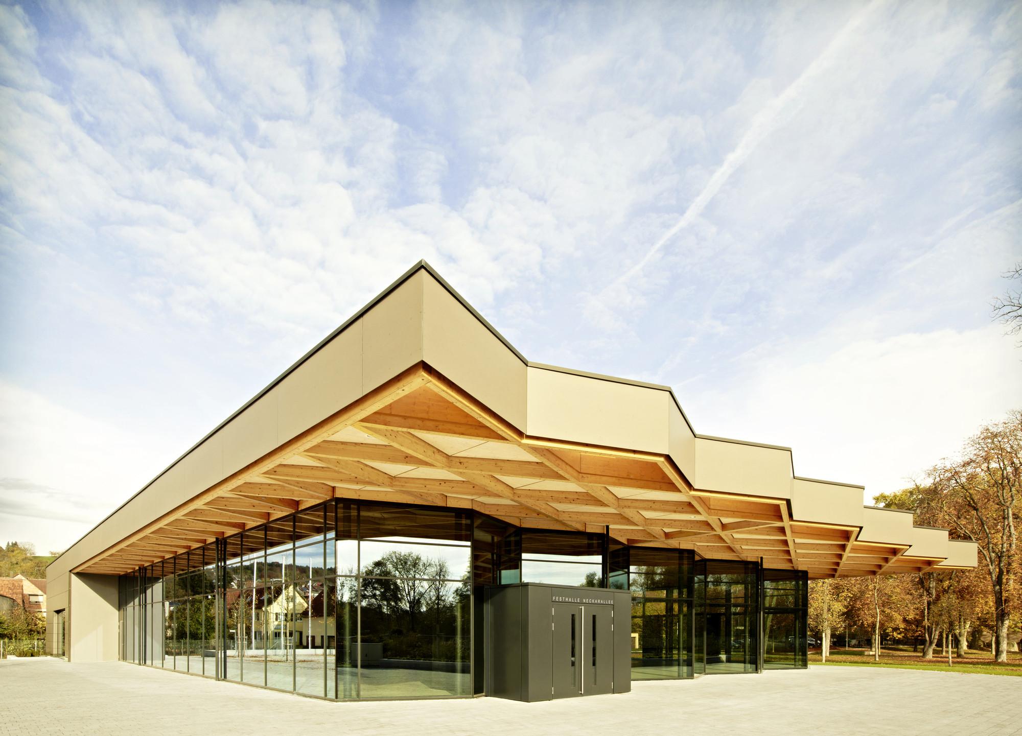 Festival Hall 'Neckarallee' in Neckartailfingen  / Ackermann+Raff, © Thomas Herrmann
