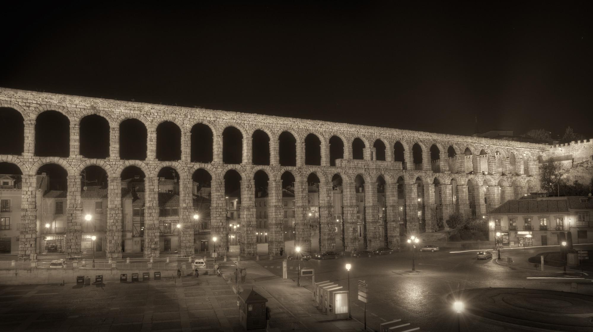 Volverán a restaurar el histórico Acueducto de Segovia, Acueducto de Segovia en la actualidad. Image © marcp_dmoz [Flickr]