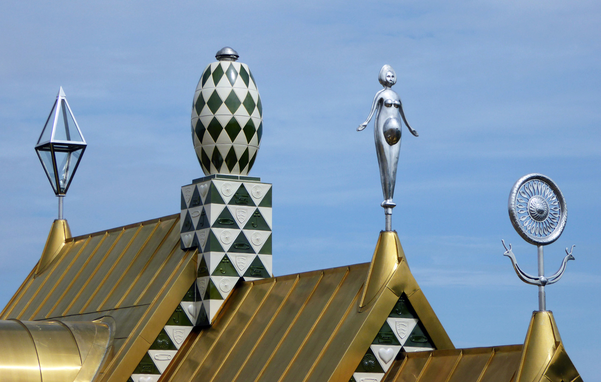 Sculptures by Grayson Perry. Image © FAT/ Living Architecture