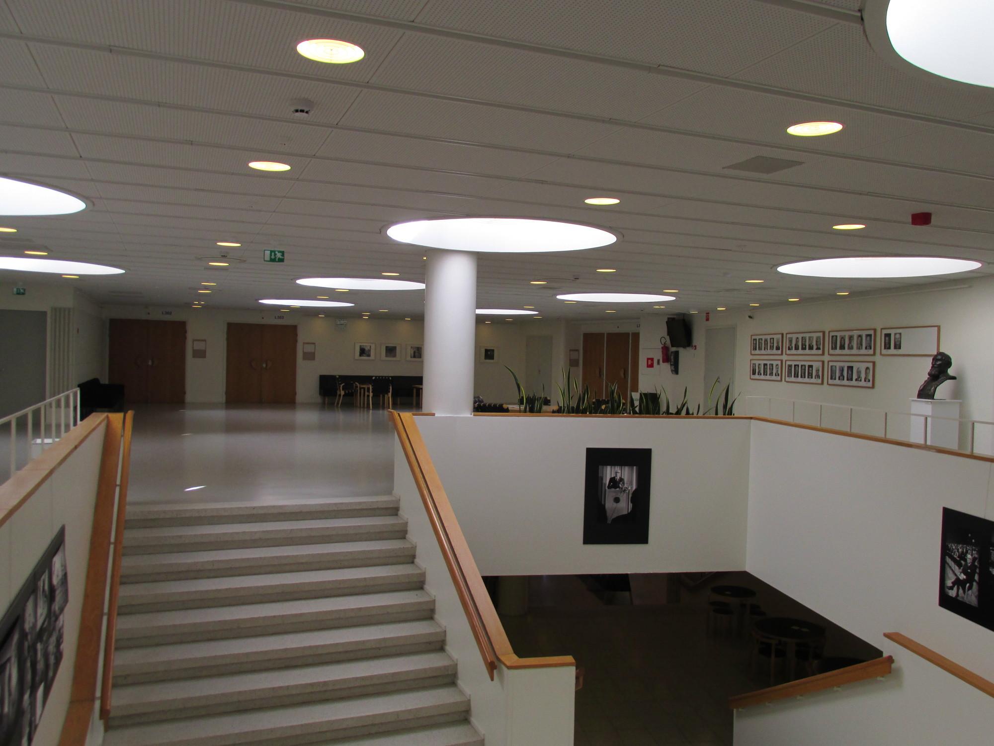 Instituto Educación Física. Image © Karina Nogales