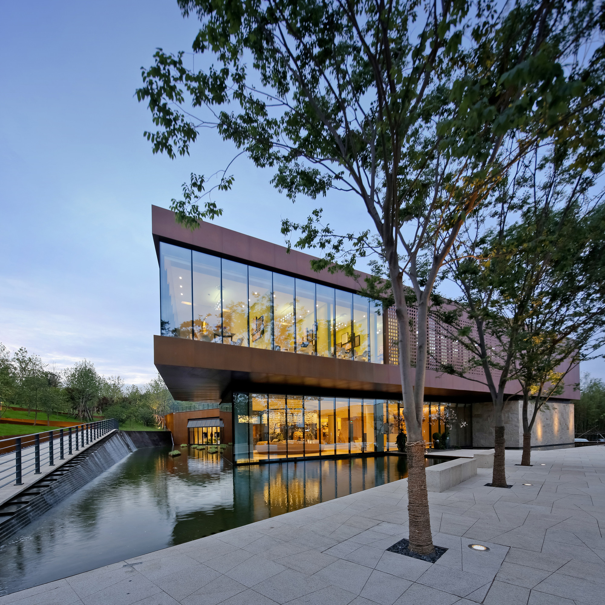 Seven Sage County Community Office Building / Allied Architects International, Courtesy of Allied Architects International
