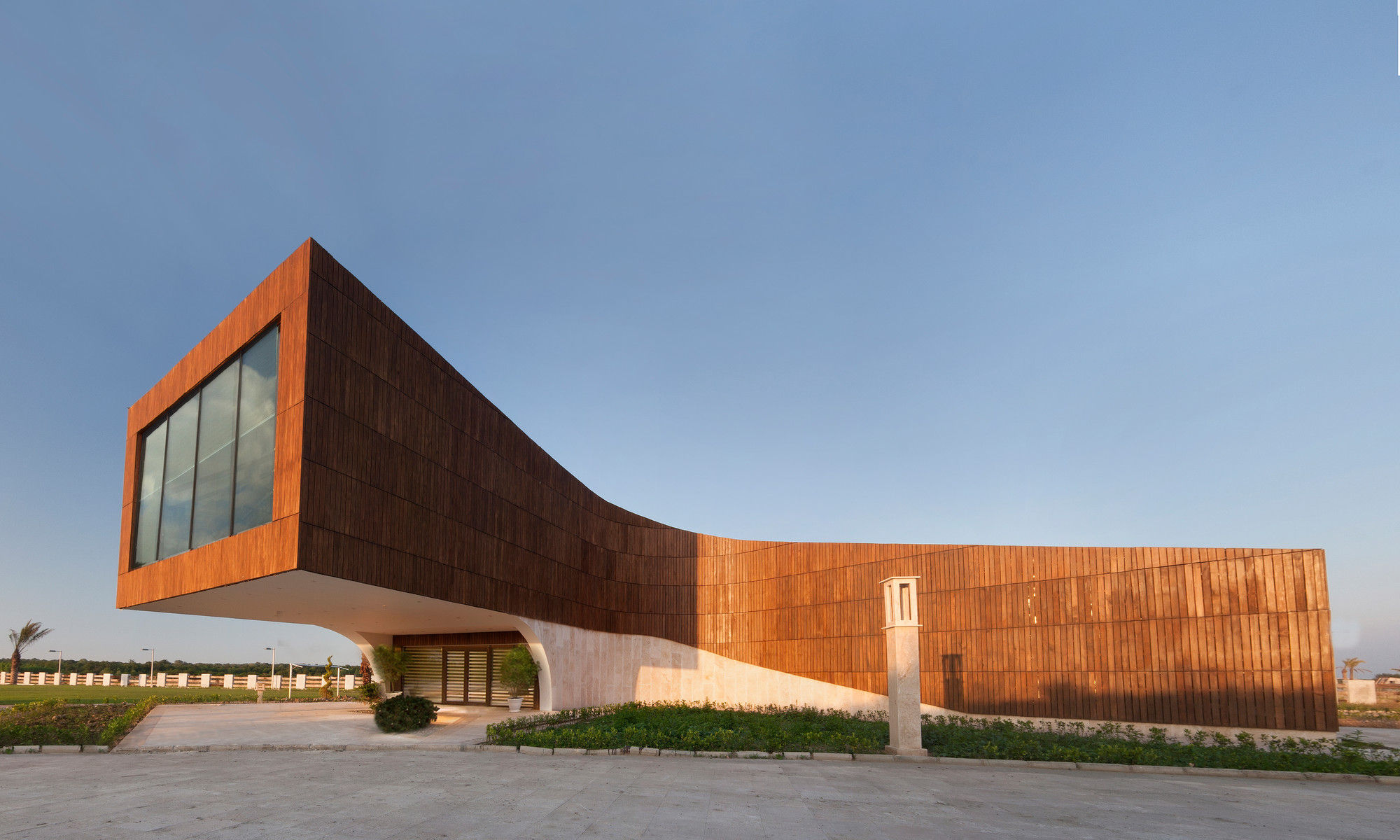 Dashte Noor's Gym Building / Narges Nassiri-Toosi, © Shahriyar Mazaheri