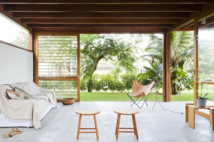 Casa Guaeca / AMZ Arquitetos, © Maíra Acayaba