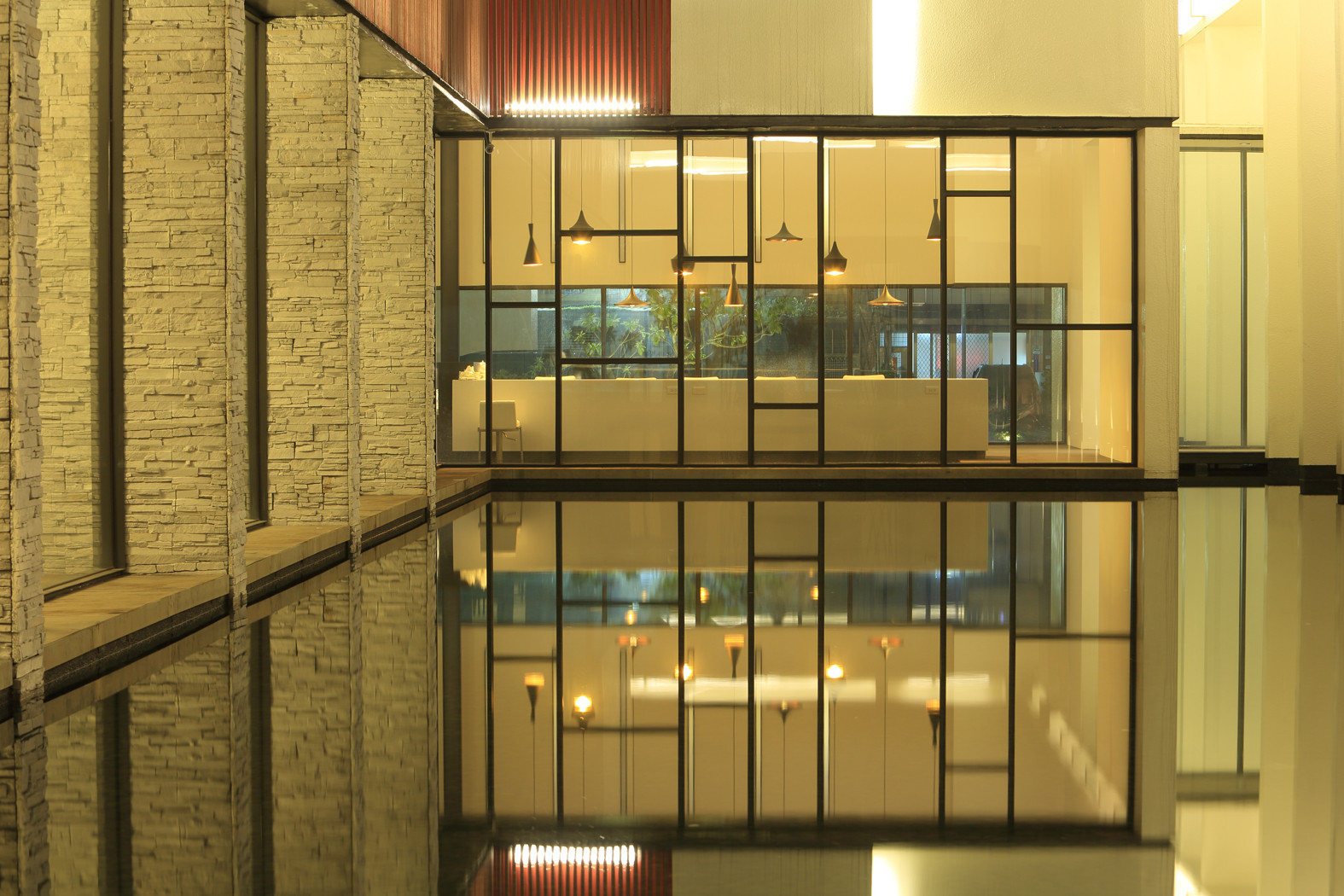 Gallery of exquisite minimalist arcadian architecture for Architecture and design