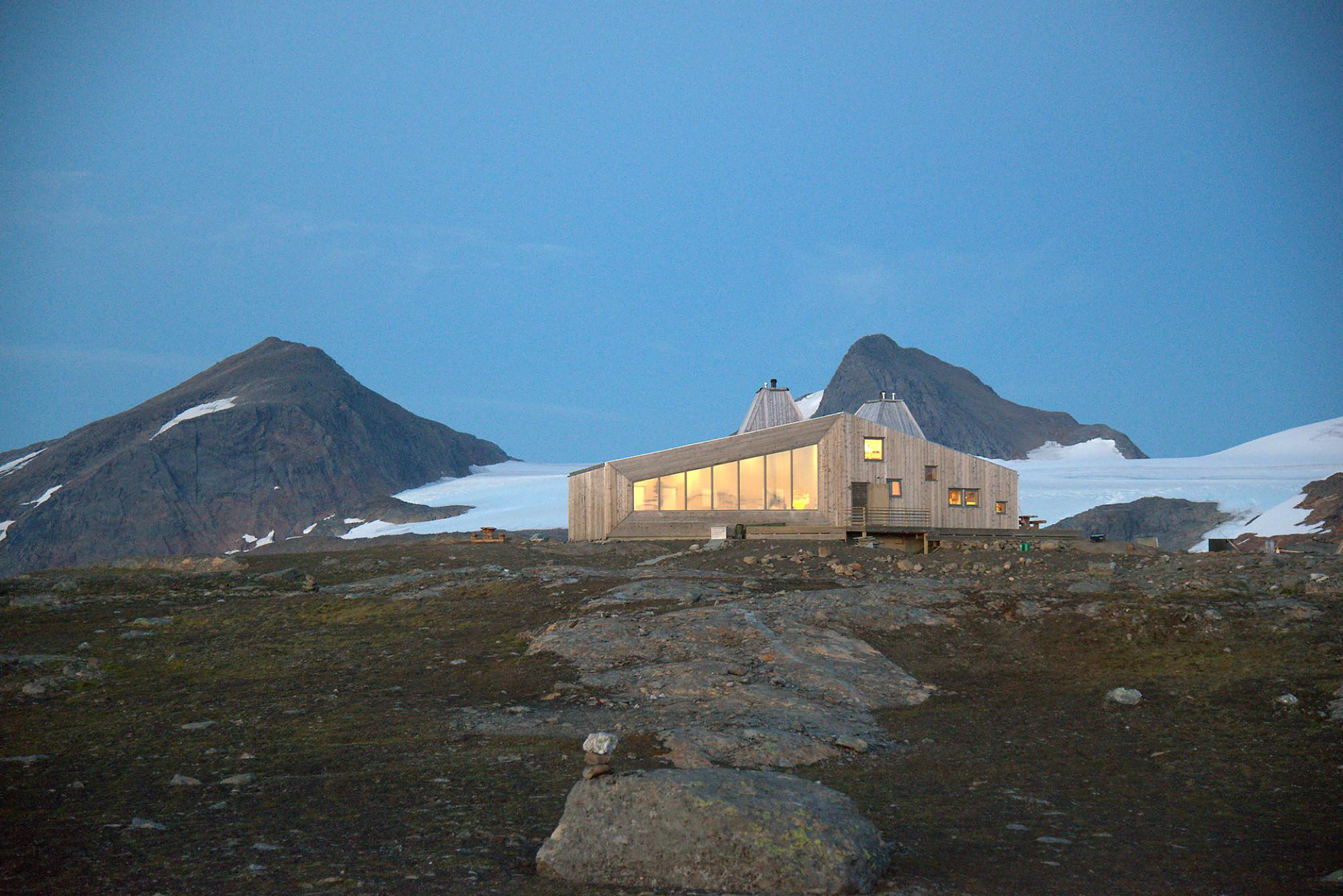 Rabot Tourist Cabin  / JVA, © Svein Arne Brygfjeld