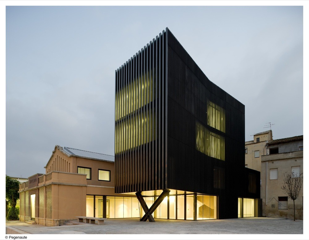 Ferreries Cultural Centre by [ARQUITECTURIA], the 2013 YAYA Winner. Image © Pedro Pegenaute