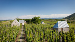 Wine Terrace and Spa / Gereben Marián Architects