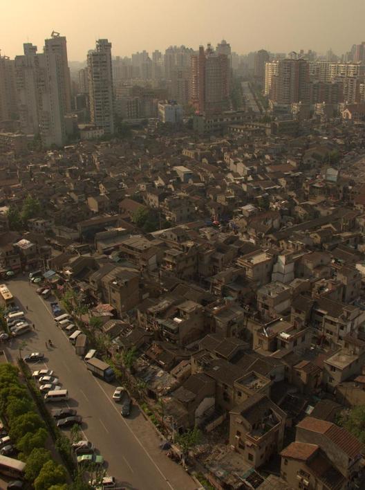 Comunidad en Hongkou (Shanghái) pronto a ser demolida para la construcción de nuevos rascacielos. Image © Paul Kretek (Flickr)