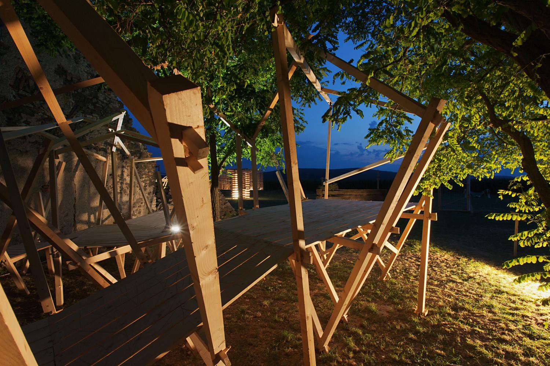 """""""Labyrinth,"""" el proyecto liderado por Gilabert enHello Wood. Imagen © Tamás Bujnovszky"""