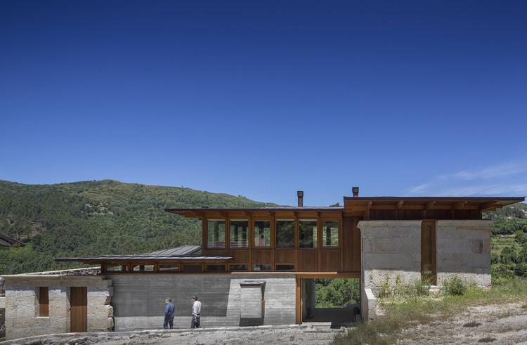 Casa Costa Grande / Carlos Castanheira, © Fernando Guerra | FG+SG