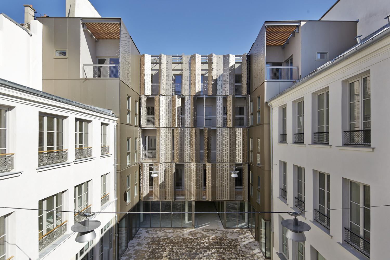 Le Marais Social Housing and Offices / Atelier du Pont, © Frédéric Delangle