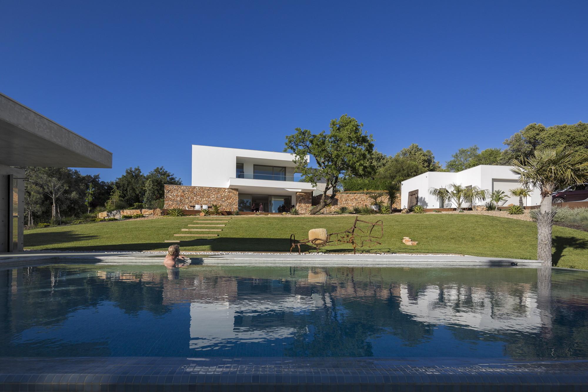 Malaca House / Mario Martins Atelier, © Fernando Guerra | FG + SG