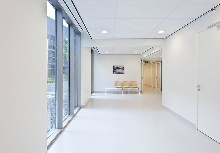 Revestimientos Murales Health Care, de Vescom / Kalpakian