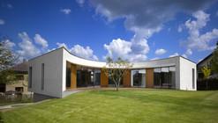 Family House Revnice / JRA Jarousek.Rochová.Architekti