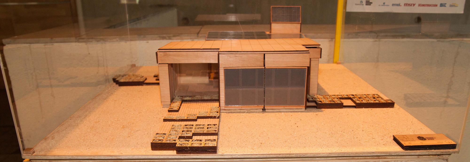 Casa Témpero. Universidad Católica. Image Cortesia de Construye Solar