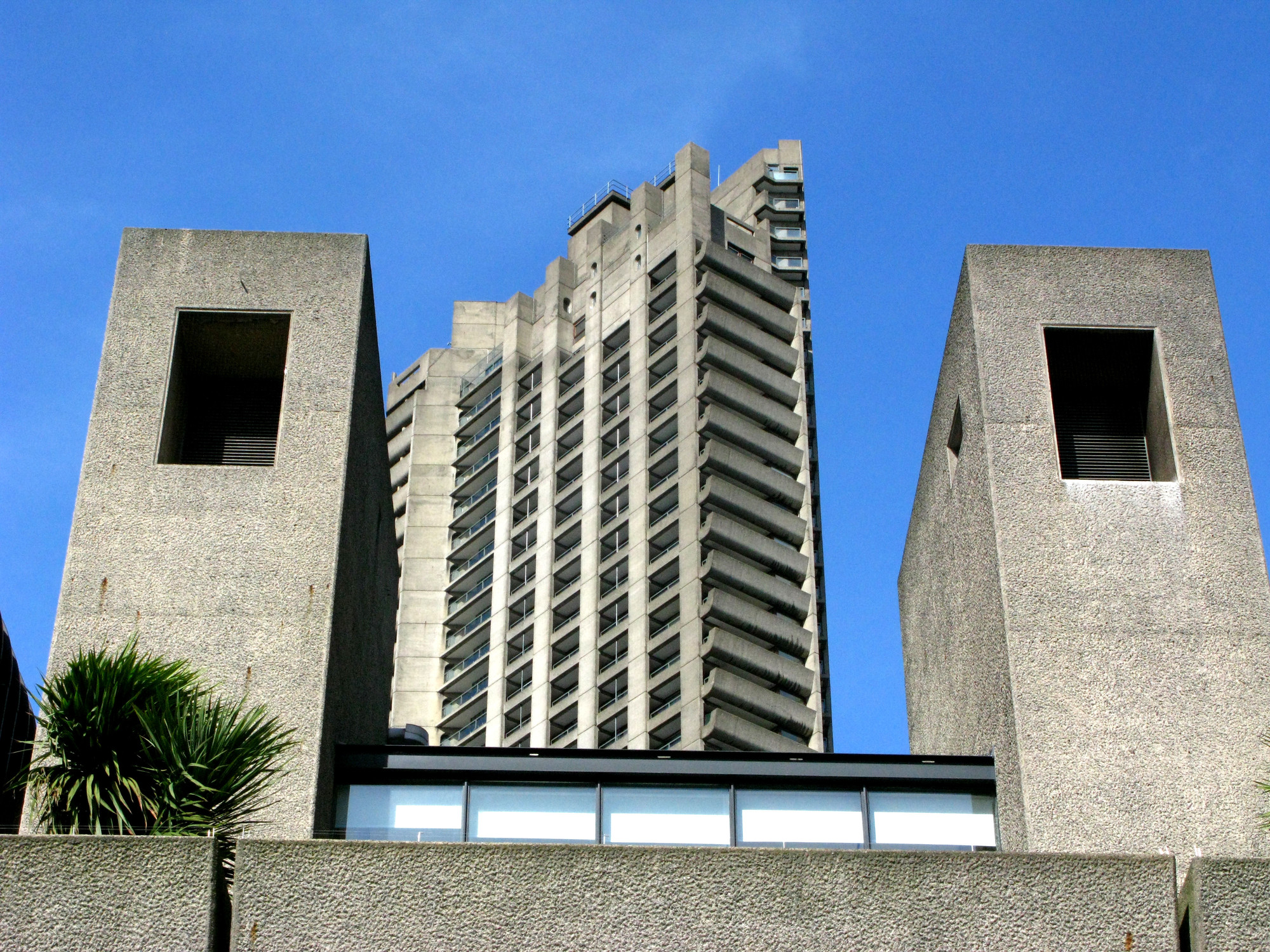 The Barbican in London. Image © Flickr CC User Rene Passet