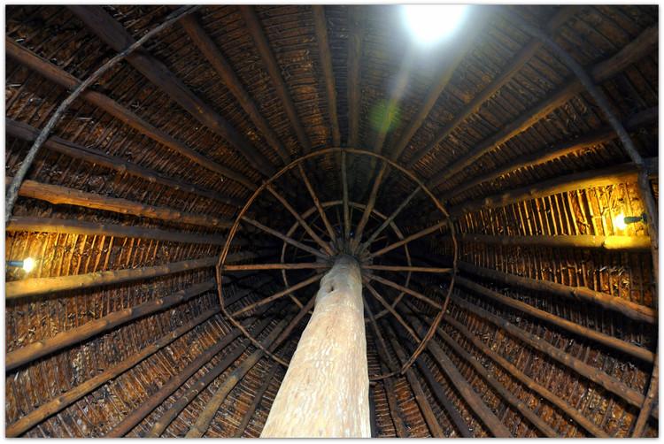 Interior of a Kanak Chief's Hut. Image © Flickr user Eustaquio