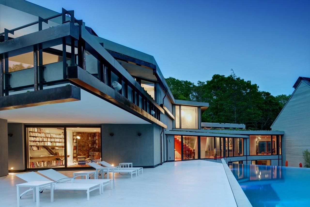 Gallery of sayres house hanging gardens maziar behrooz for Hamptons home garden design