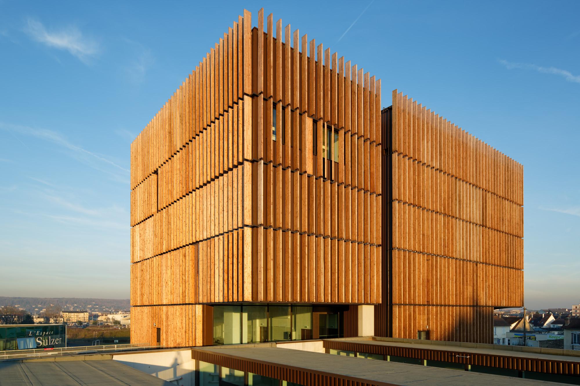 Mantois Technology Centre / Badia Berger Architectes, © Takuji Shimmura