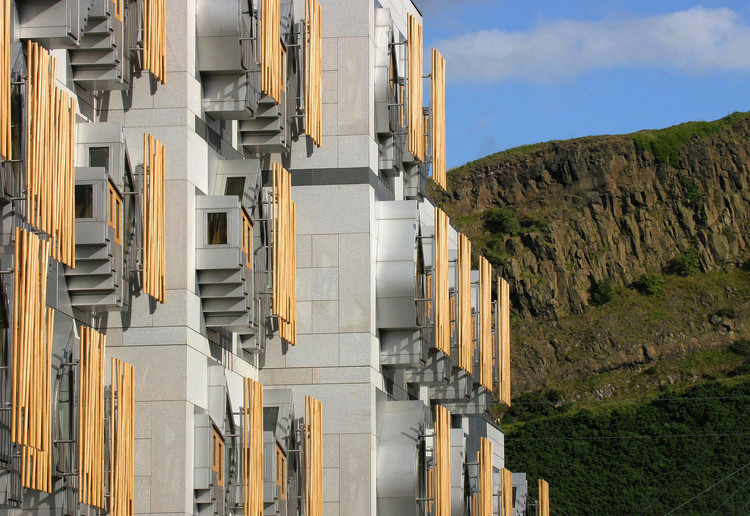 Edificio de Oficinas MSP. Image © Scottish Parliamentary Corporate Body - 2012