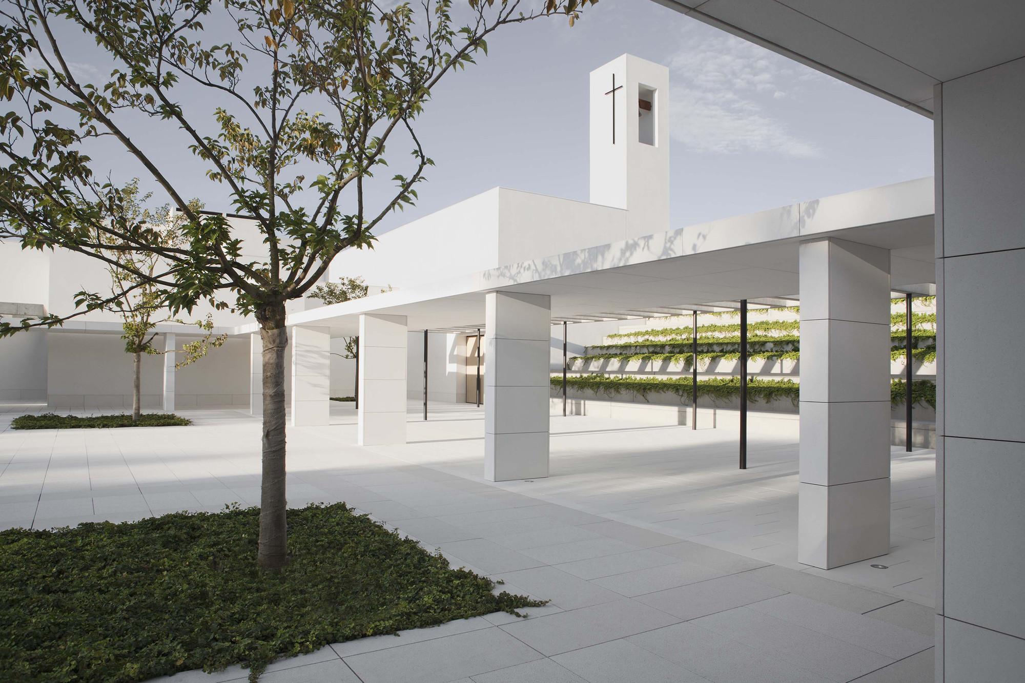 Padre rubinos elsa urquijo arquitectos plataforma for Plataforma arquitectura