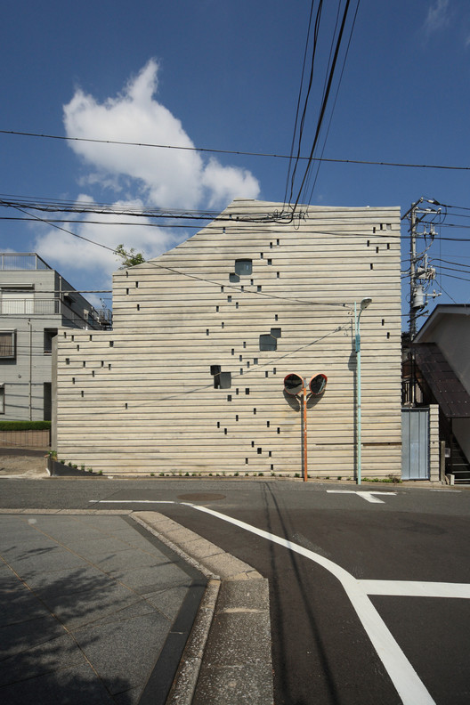 The Wall of Nishihara / SABAOARCH, © Ohno Shigeru