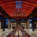 Pavilion House, Bellevue, WA © Benjamin Benschneider