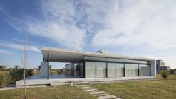 Ribera 1 House / Escribano + Bourquin