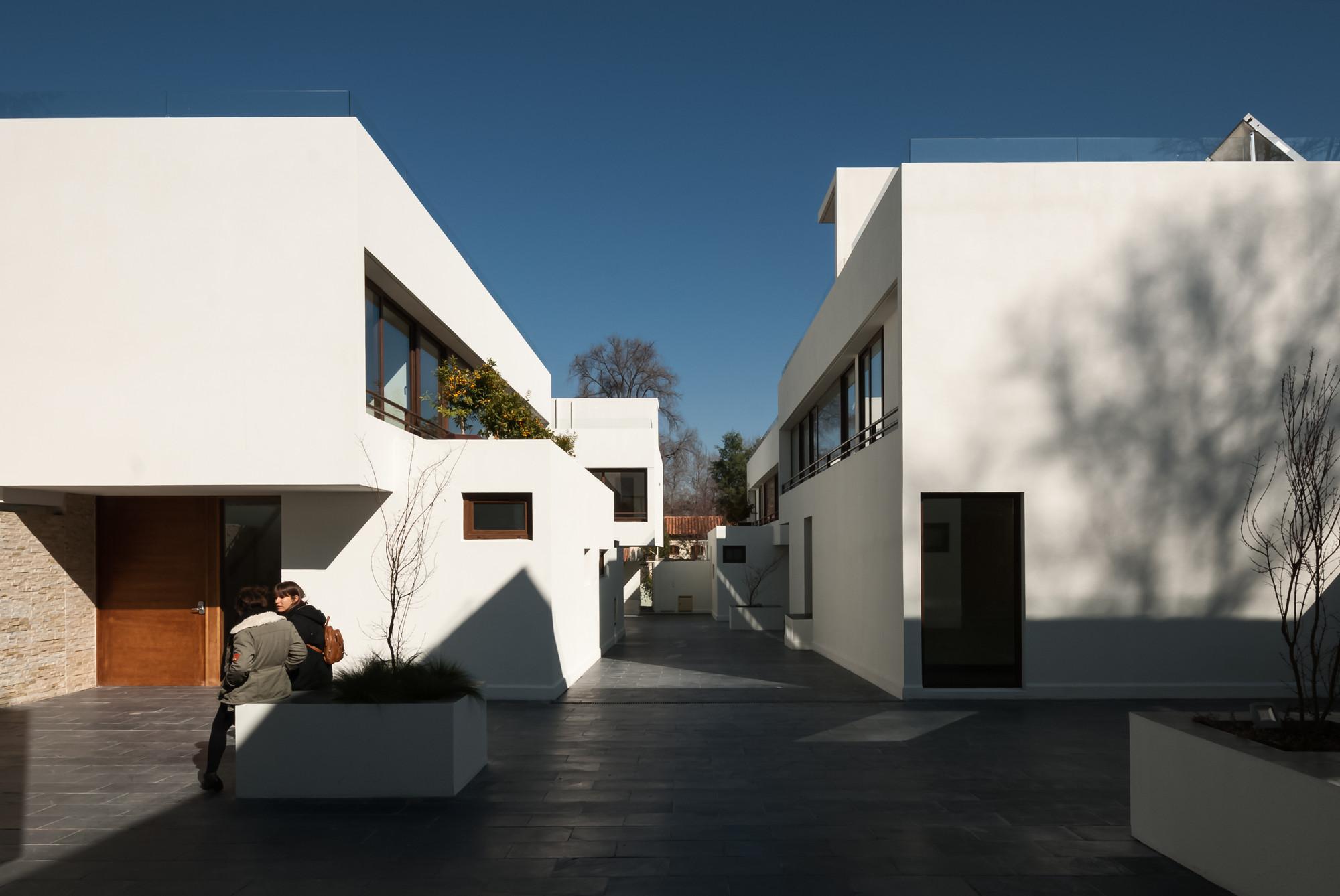 San Damián Housing Estate / Chauriye Stäger Arquitectos, © Midas / Pablo Blanco